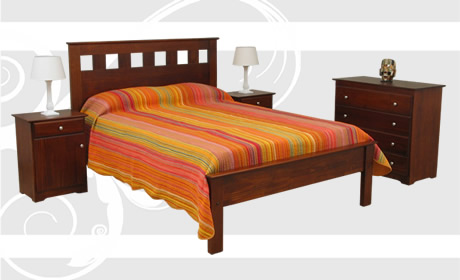 Mobilia S.A   Muebles en Madera Maciza